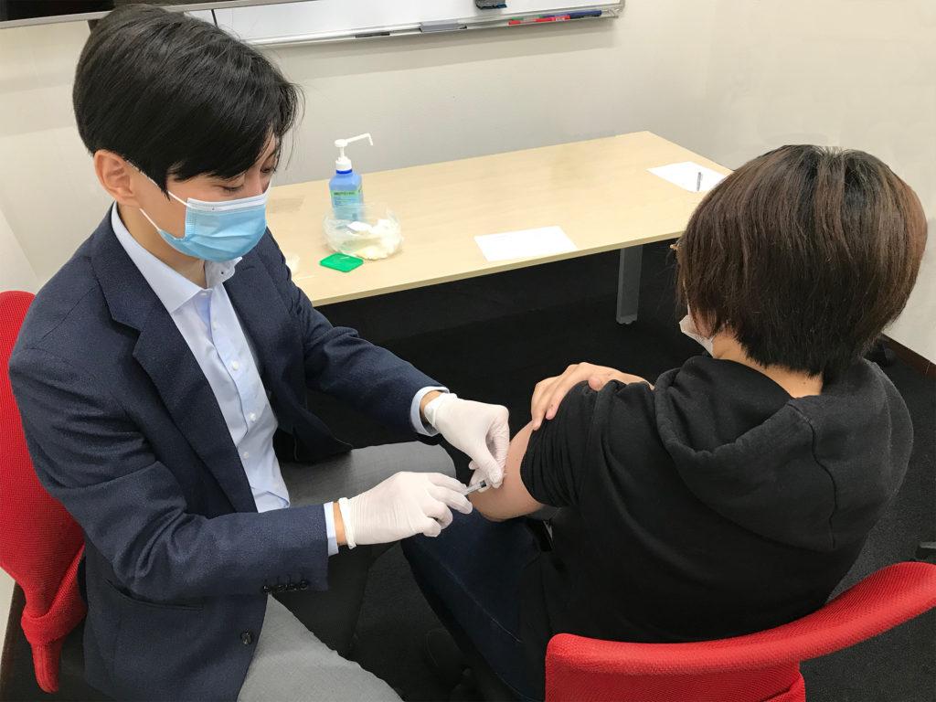 インフルエンザ予防接種の様子